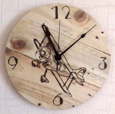 bi-plane-clock-completed